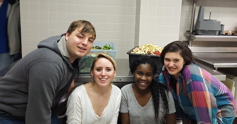 FRH leaders and volunteers help prepare a meal for Pittsburgh's Ronald McDonald house. (From left: Mitchell Moyer, Emily Hanna, Neema Shayo, and Jessica Schatz)
