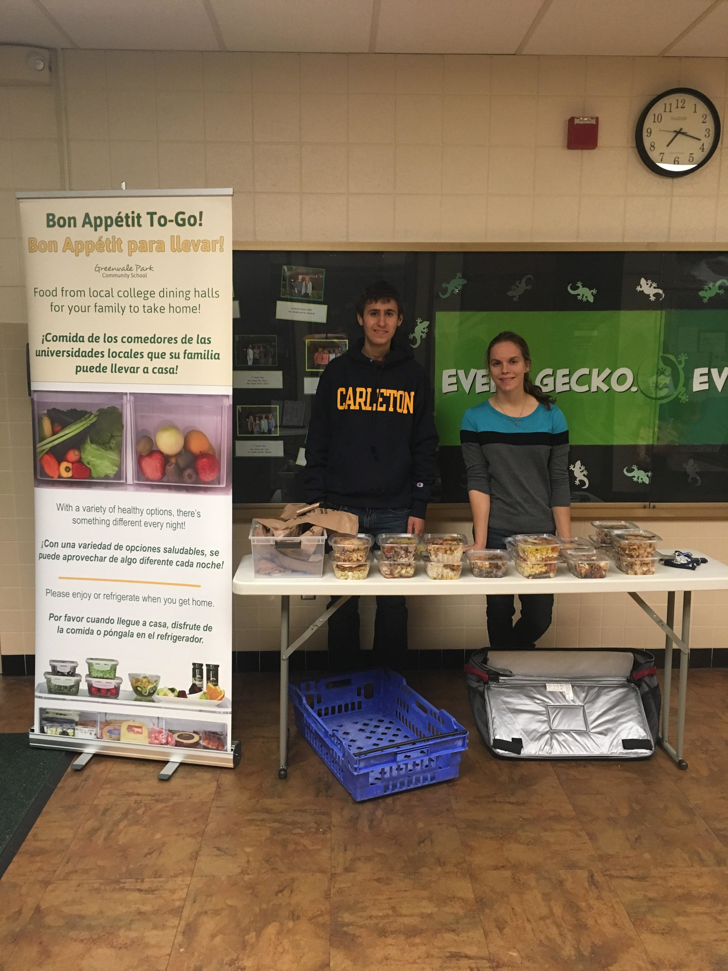 Students at Carleton College tabling their recovered food