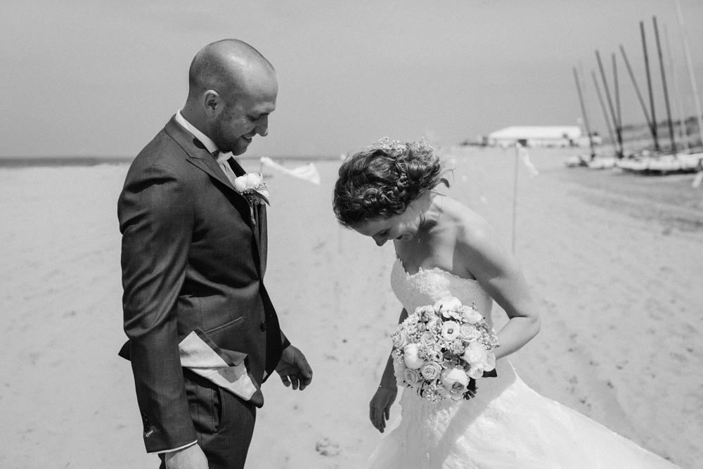 Kiesendahl_Hochzeitsfotografie_Strand_Scheveningen_046.jpg