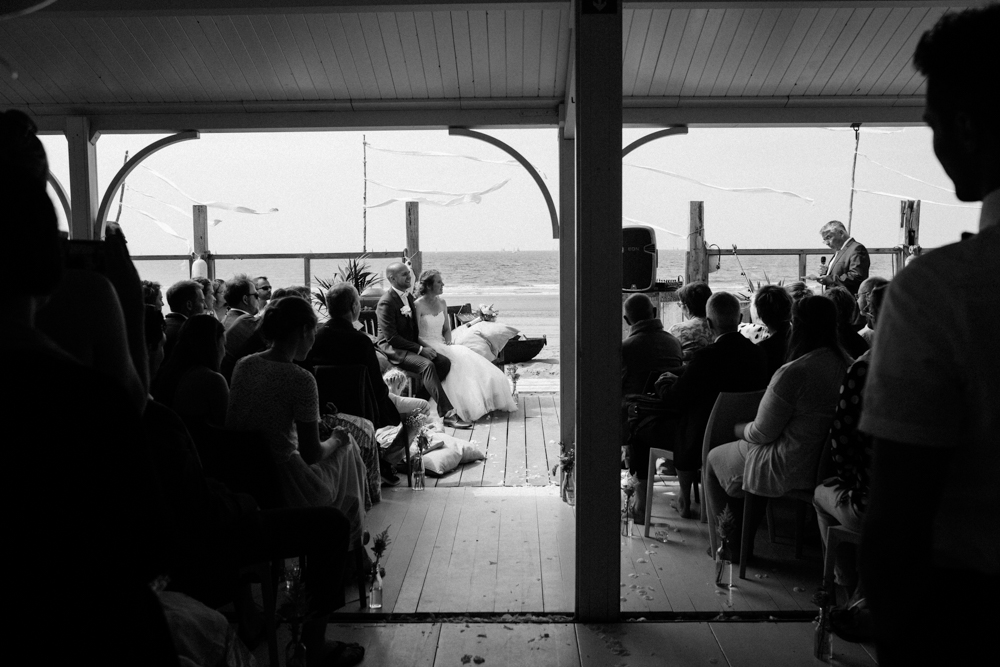 Kiesendahl_Hochzeitsfotografie_Strand_Scheveningen_082.jpg