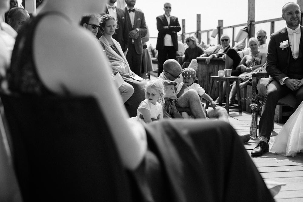 Kiesendahl_Hochzeitsfotografie_Strand_Scheveningen_084.jpg