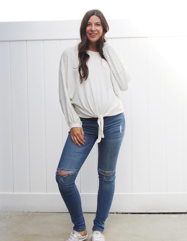 Kristen Laczi Pink Blush Maternity 25 Weeks Pregnant