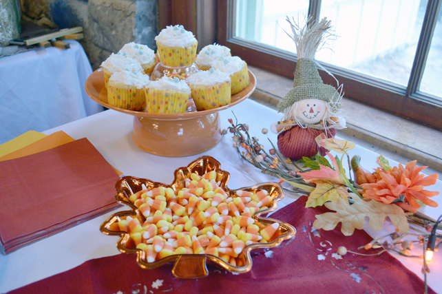 fall baby shower cupcakes