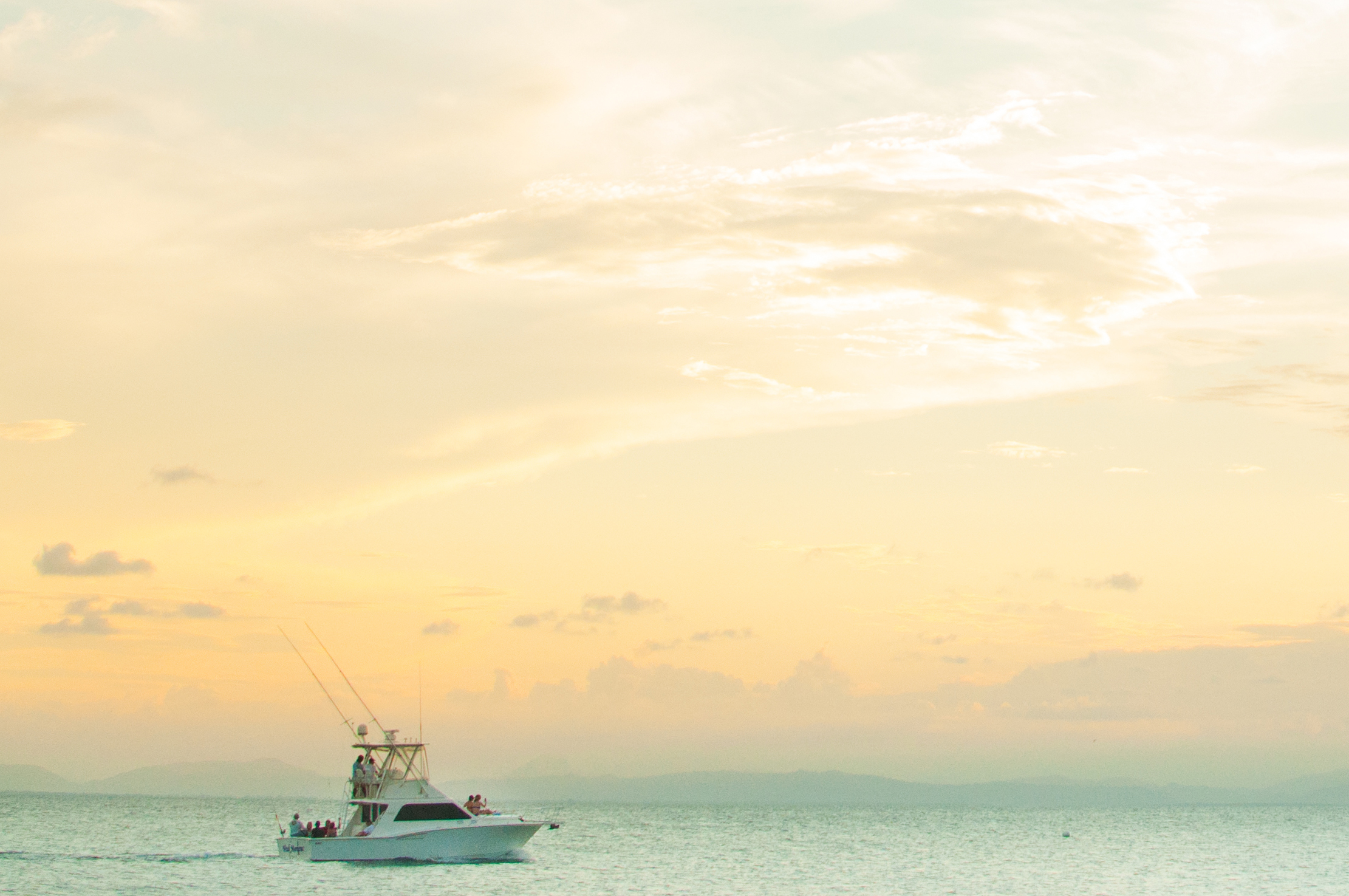 DEEP BLUE PRIVATE ADVENTURE CHARTERS