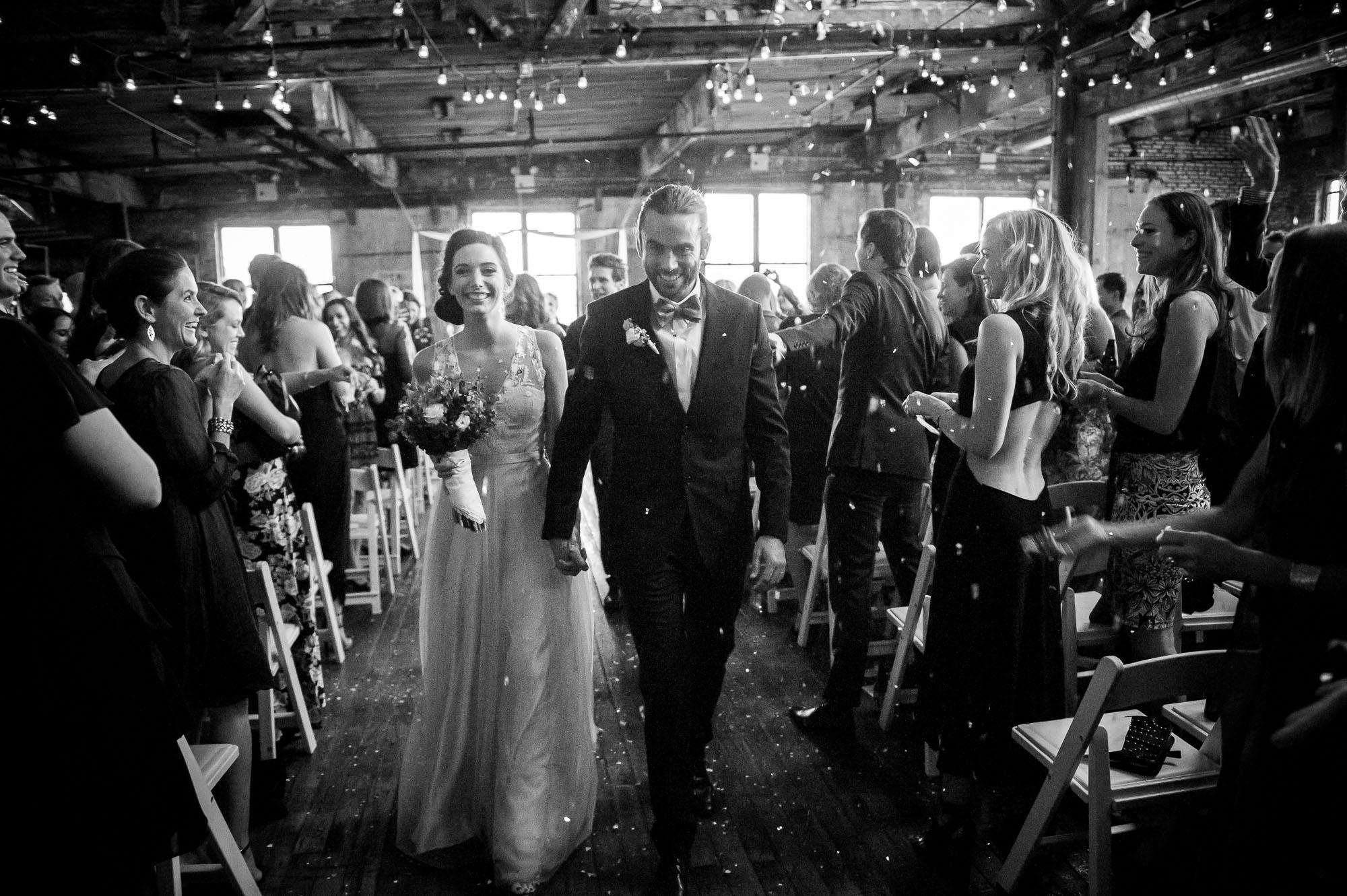DSC_8563greenpoint-lofts-brooklyn-wedding-041.jpg