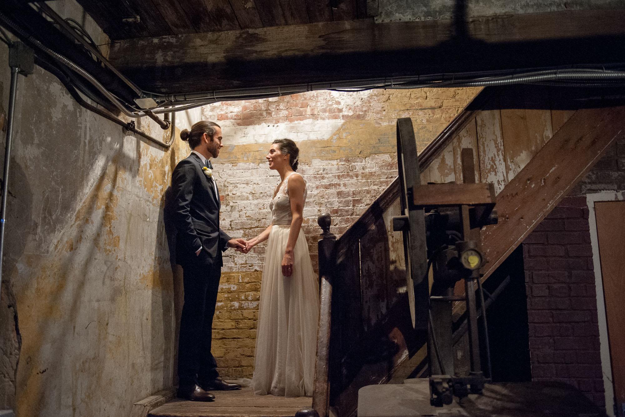 DSC_8667greenpoint-lofts-brooklyn-wedding-048.jpg