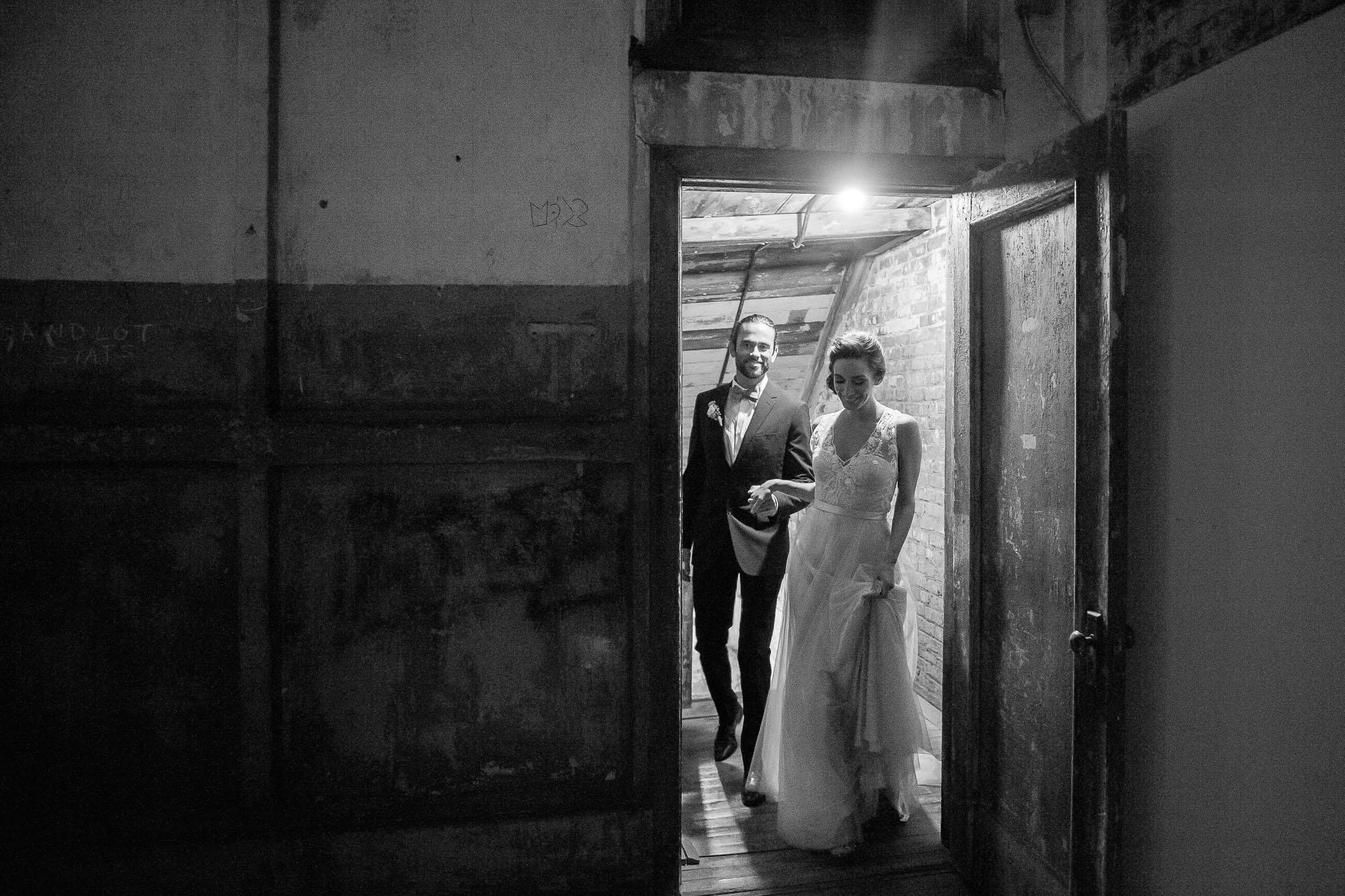 DSC_8678greenpoint-lofts-brooklyn-wedding-049.jpg