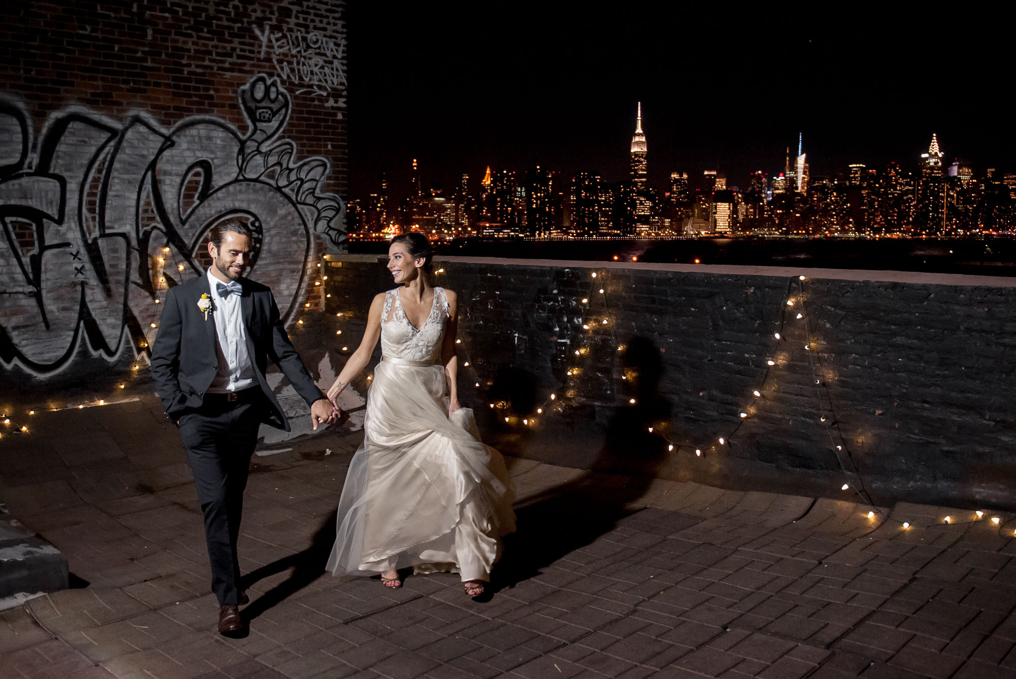 DSC_8847greenpoint-lofts-brooklyn-wedding-057.jpg
