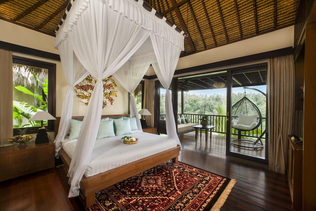 new panorama villa - bedroom.JPG