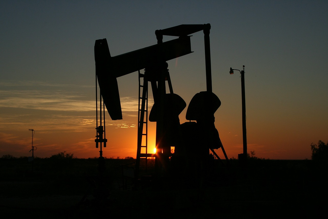 oil-106913_1280.jpg
