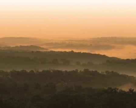 ozarks-mountaintops-fog.jpg