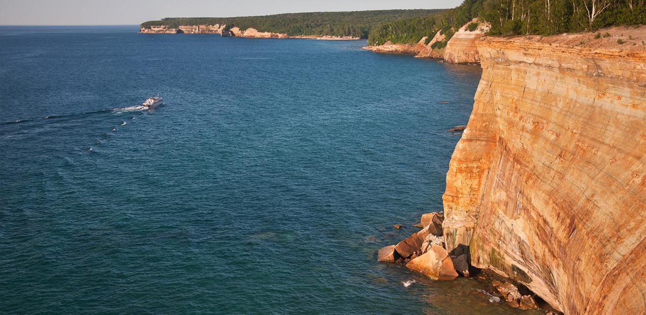 Gull-Rookery-Pictured-Rocks-Cruises-01.jpg