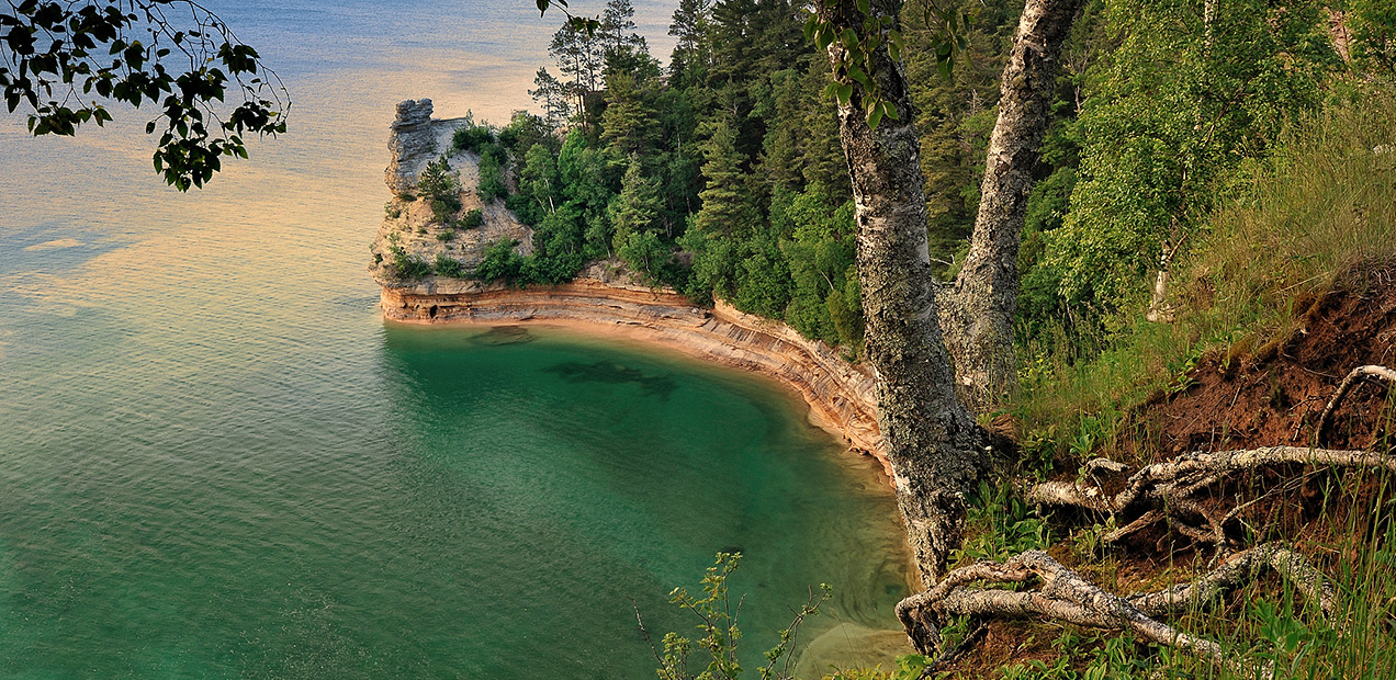 Miners-Castle-Pictured-Rocks-Cruises-01.jpg