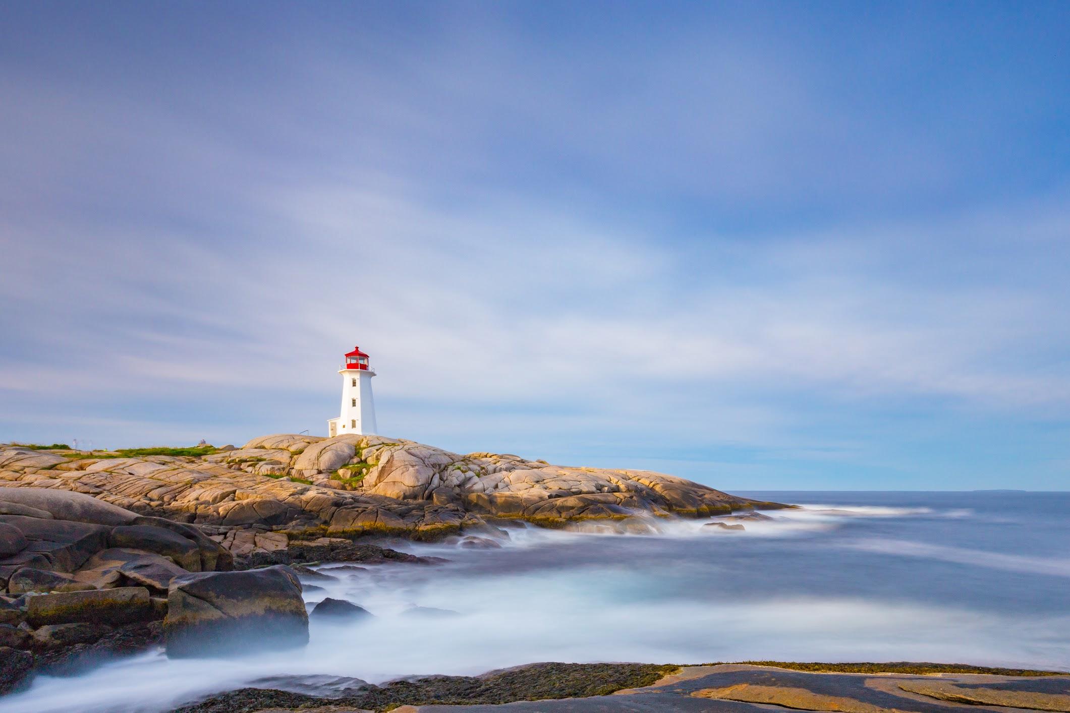 Peggys-Point-Lighthouse-1.jpg