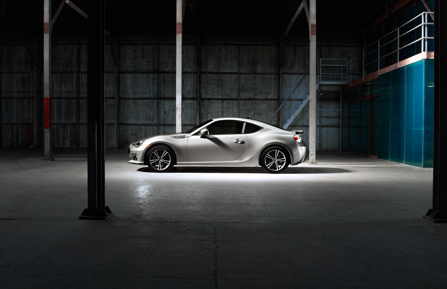 BRZ_Profile_Silver_bright.jpg