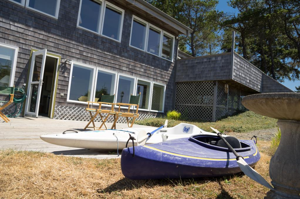 Ocean Breeze's Backyard