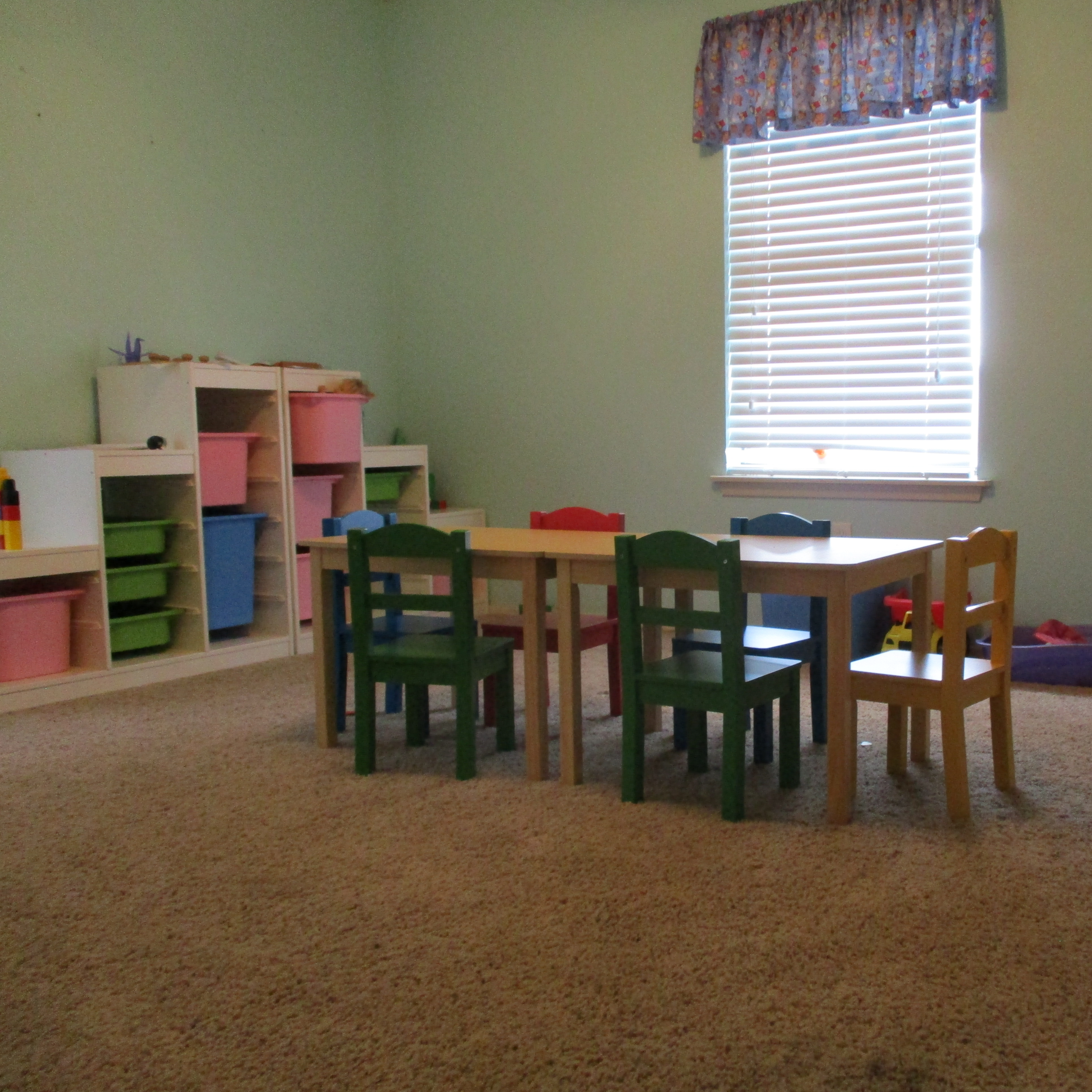 childrens room.png
