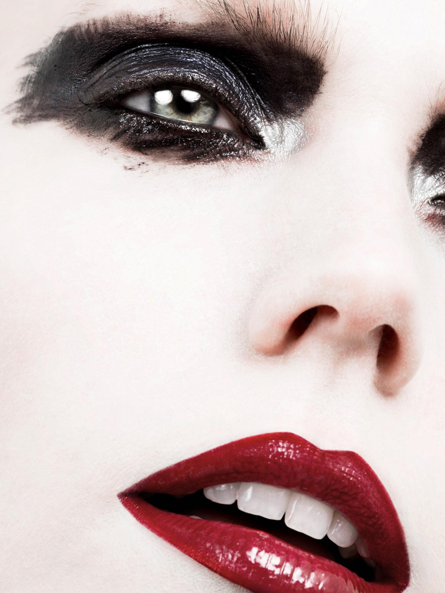 Photography - Vincenzo Aiello  Makeup - Elizabeth Hsieh  Model - Caroline Rausch @ Storm