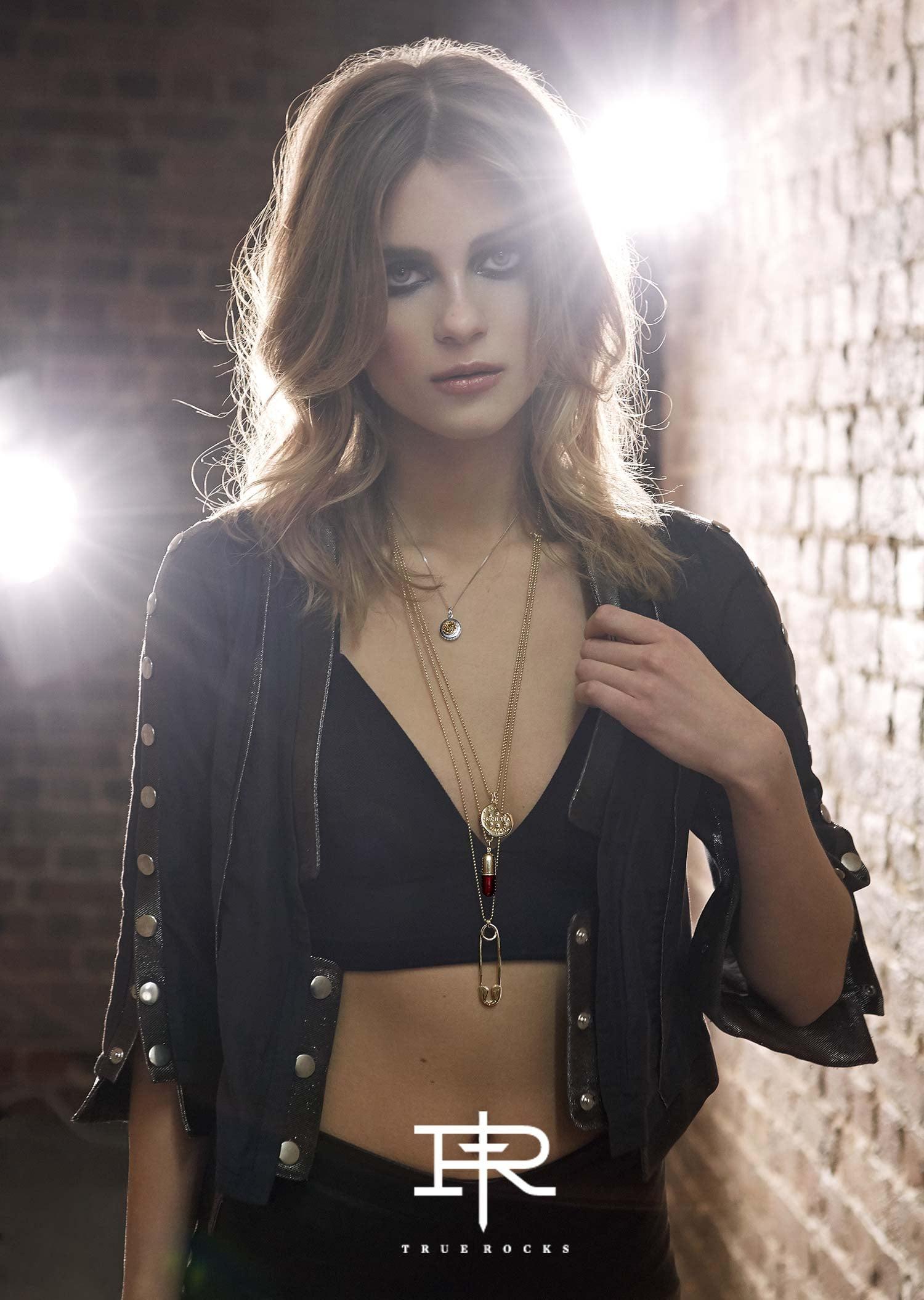 Anabel Verdu advertising - top london makeup artist elizabeth hsieh