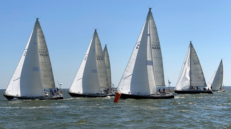 Offshore_Sailing_at_US_Championship.jpg
