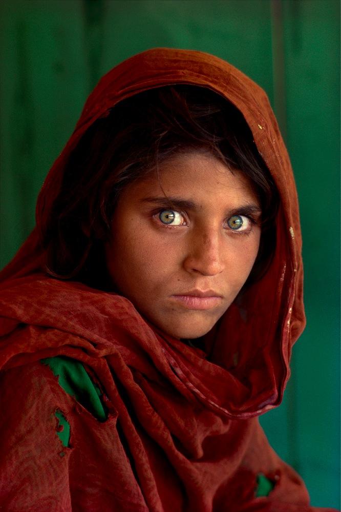 Sharbat-Gula-ragazza-afgana-SteveMcCurry.jpg
