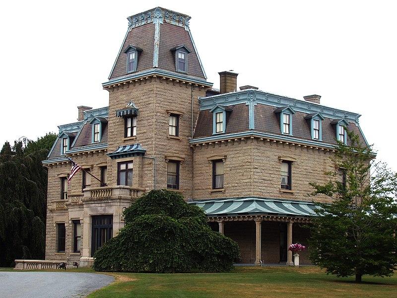 800px-Chateau-sur-Mer,_Newport,_Rhode_Island.jpg