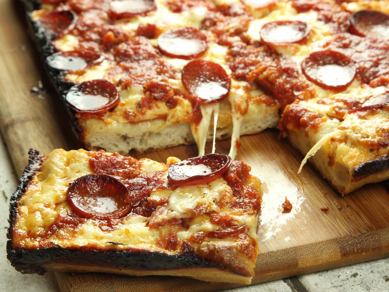 20170216-detroit-style-pizza-47.jpg
