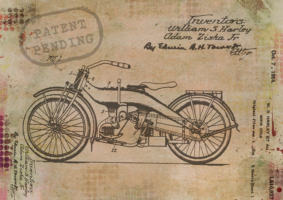 motorcycle-1515873_960_720.jpg