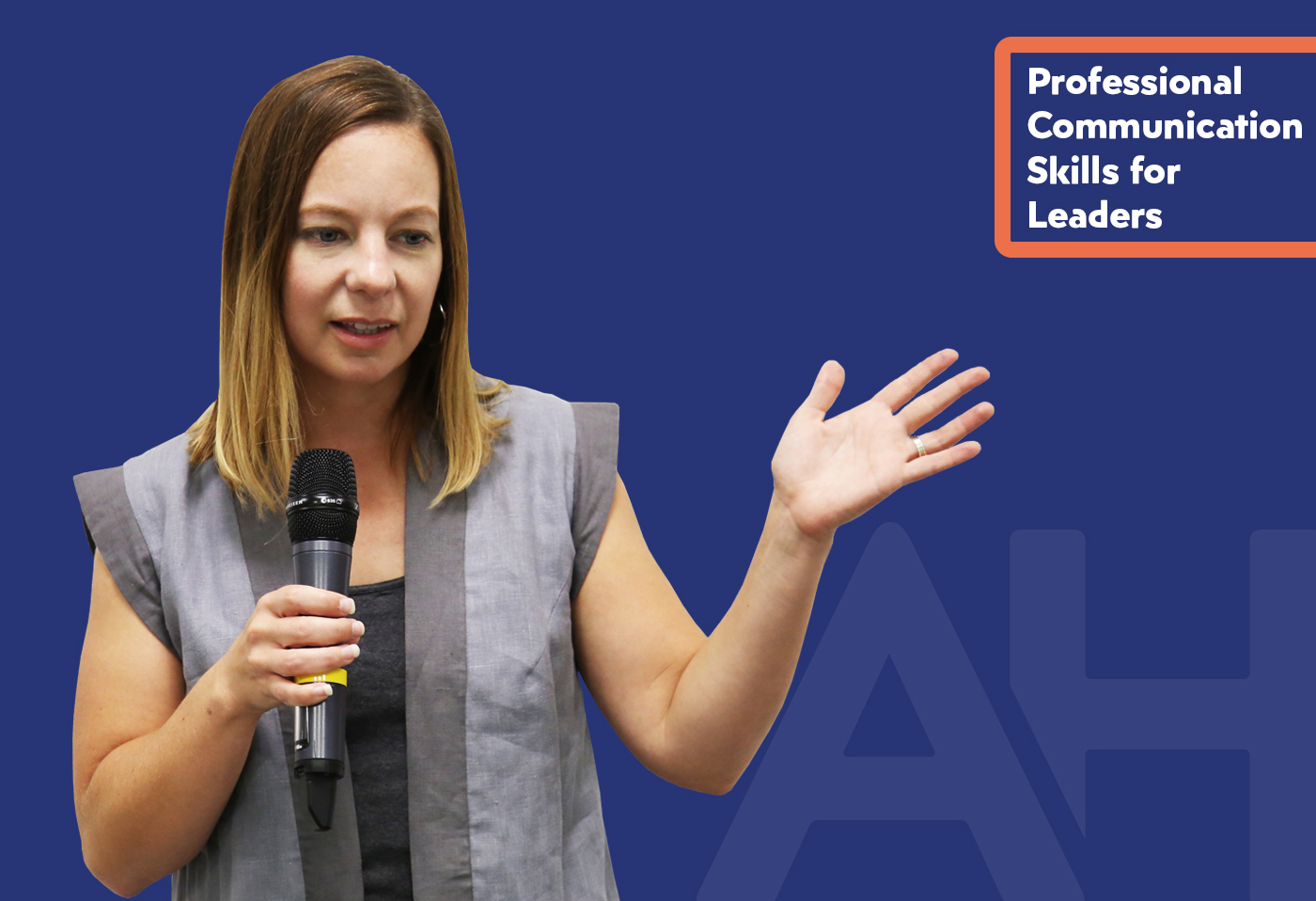 7 Professional Communication Skills for Leaders.jpg