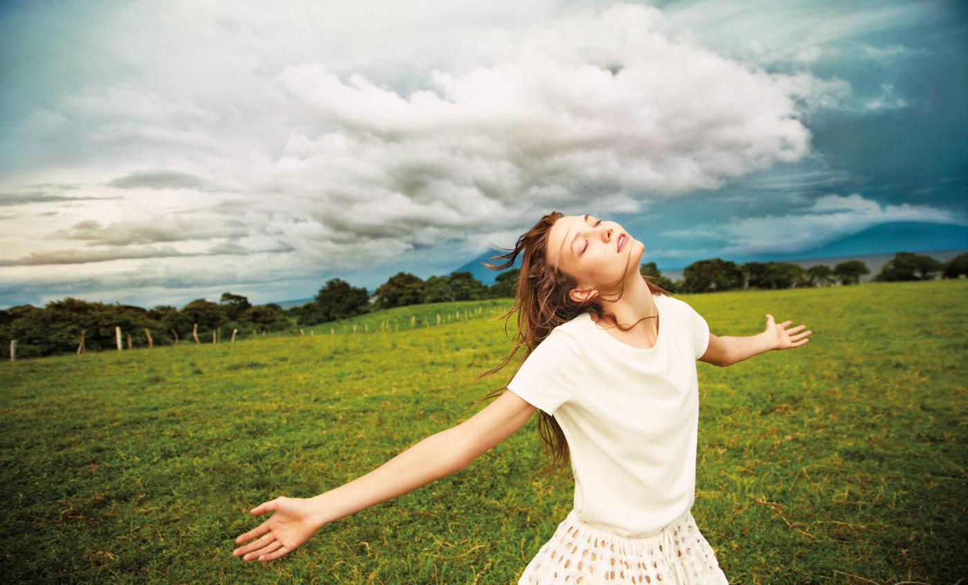 Karli Kloss, NY Times Magazine, Winter Issue, November 15, 2012.