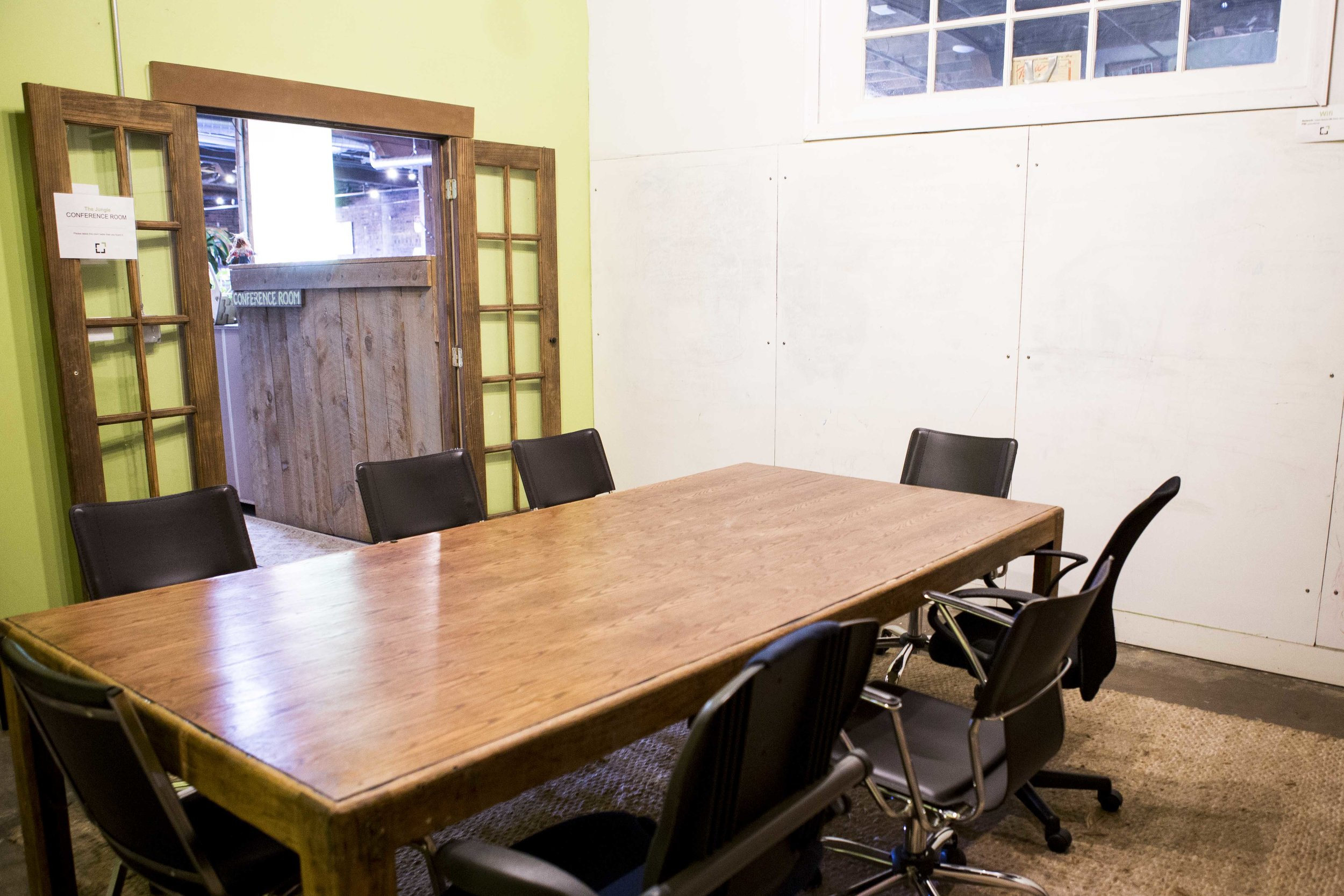 GreenSpaces-Jungle-Conference-Room-APIELA-40.JPG