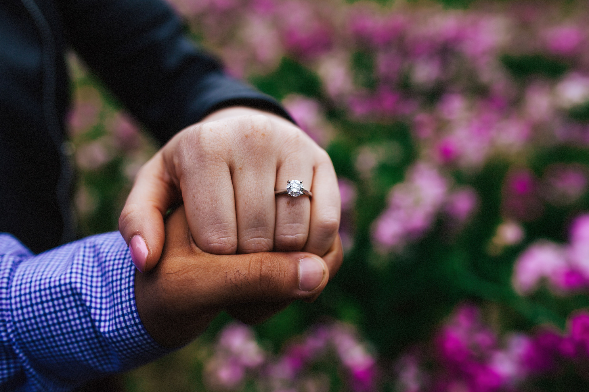 Seattle Engagement Session | Simple Diamond Engagement Ring