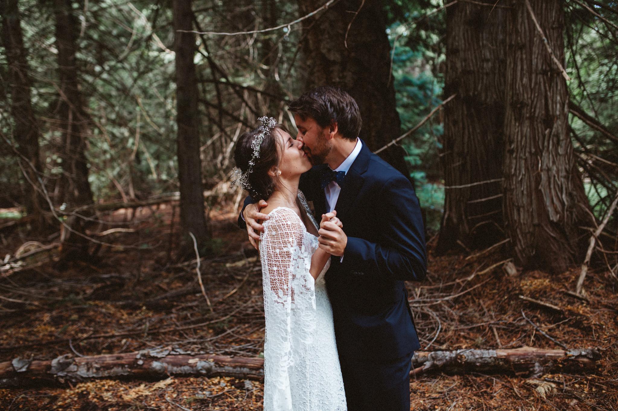 First Look | Mazama Wedding | PNW Wedding
