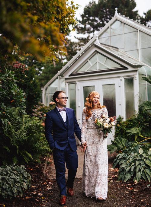Candid affordable seattle wedding, seattle wedding photographer