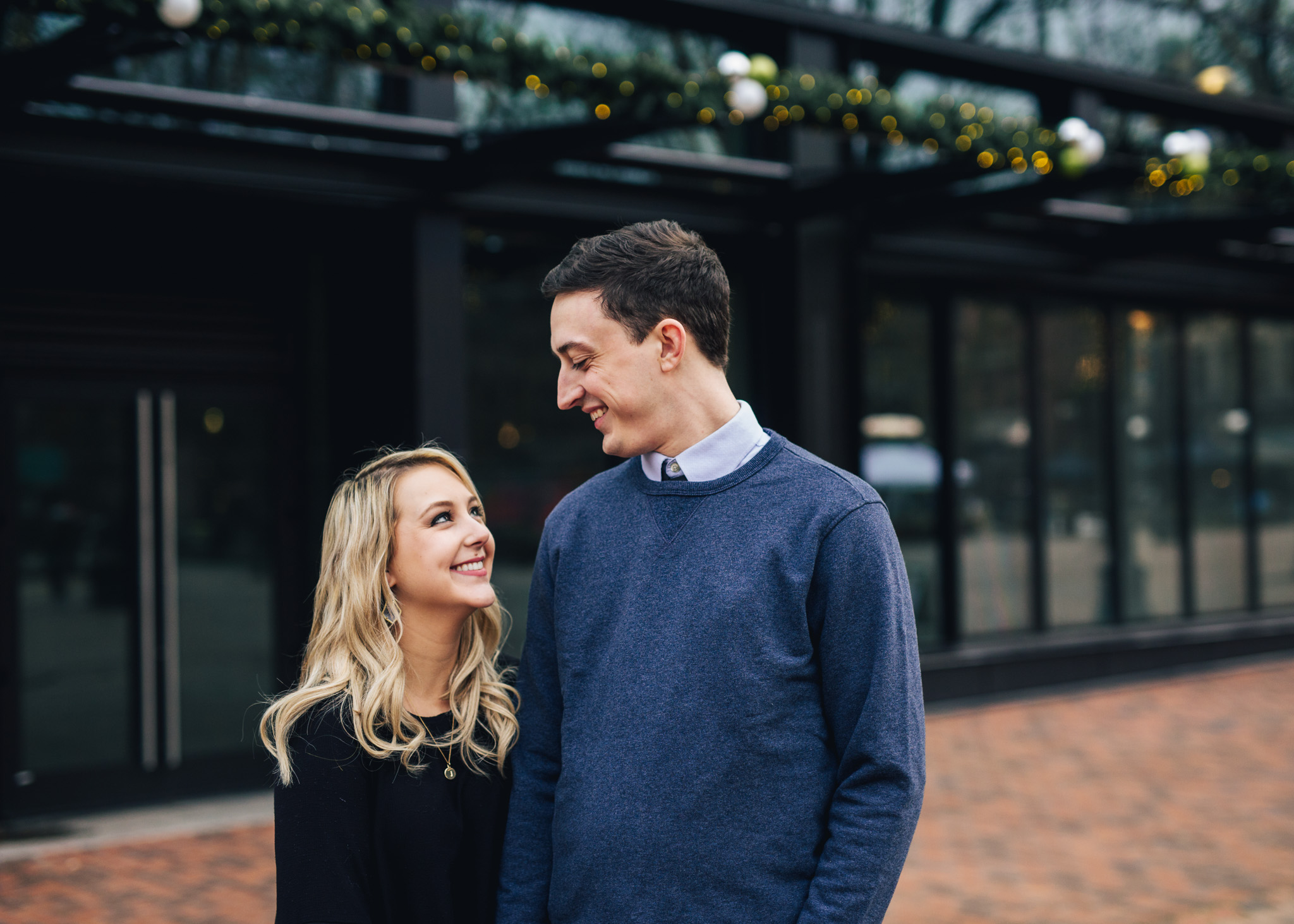 Seattle Pioneer Square Cozy Engagement Photos (1 of 14).jpg