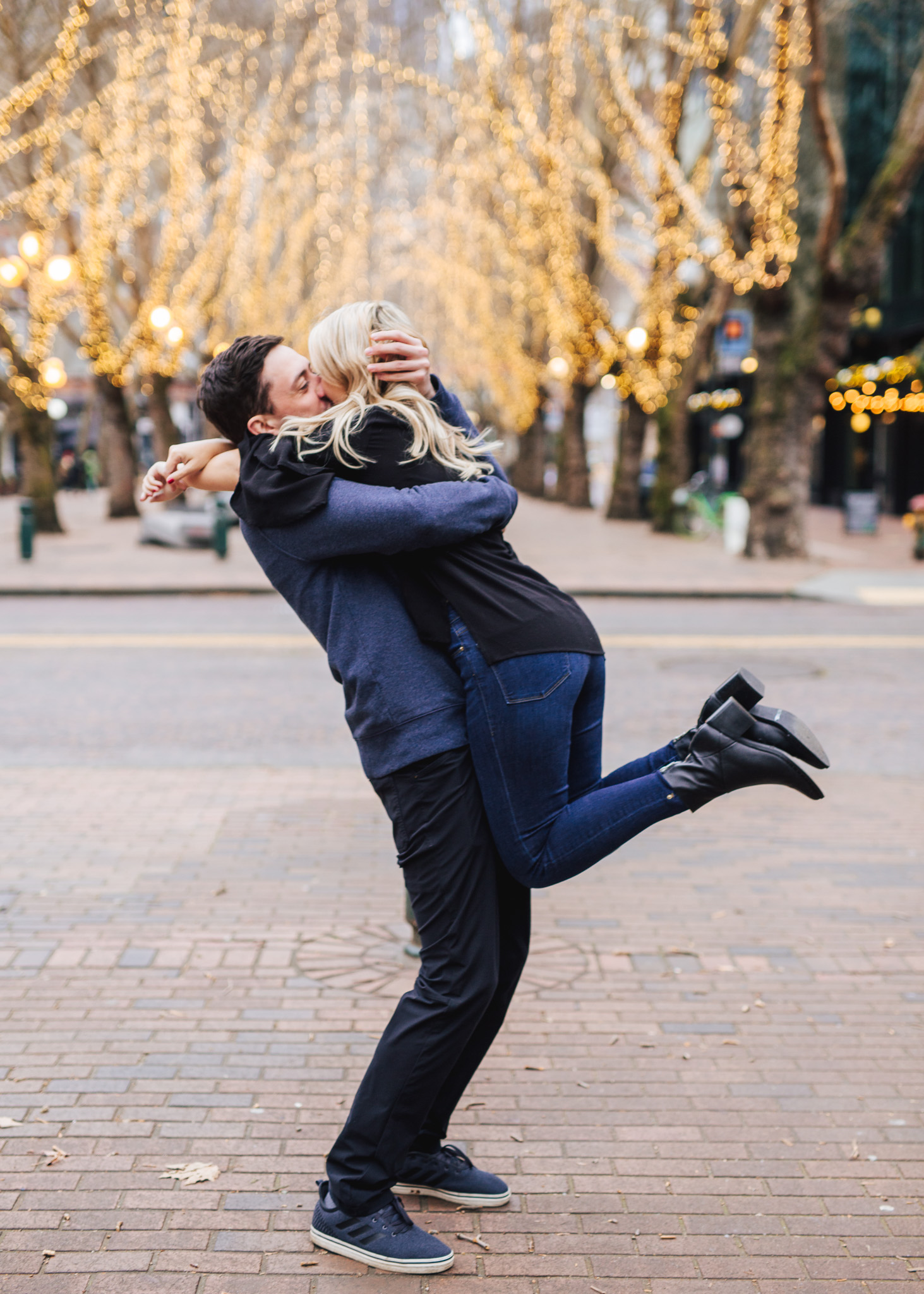 Seattle Pioneer Square Cozy Engagement Photos (14 of 14).jpg