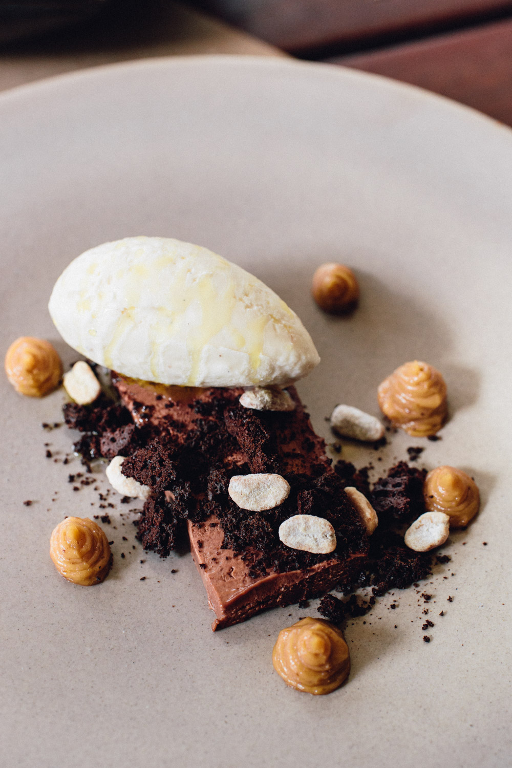 Chocolate terrine with roasted peanuts, vanilla ice cream, dehydrated chocolate cake crisps, and dulce de leche. Until el Chato expands their kitchen with their own ice cream machine, they currently serve artisanal ice creams also made by Selva Nevada.