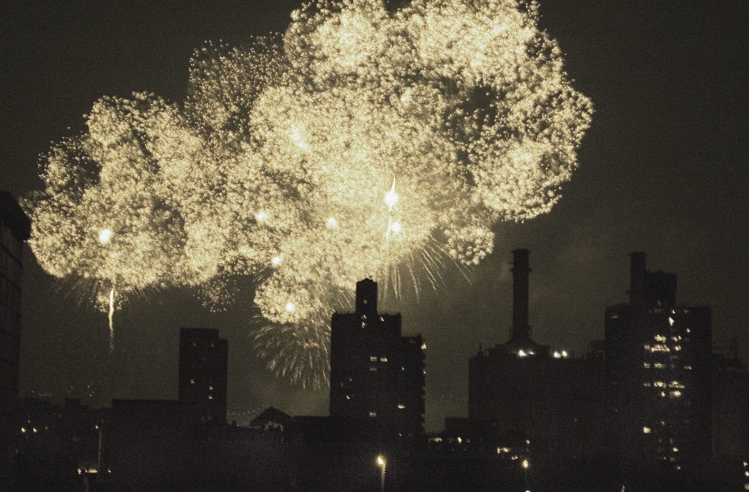 Fireworks_060704_035.jpg