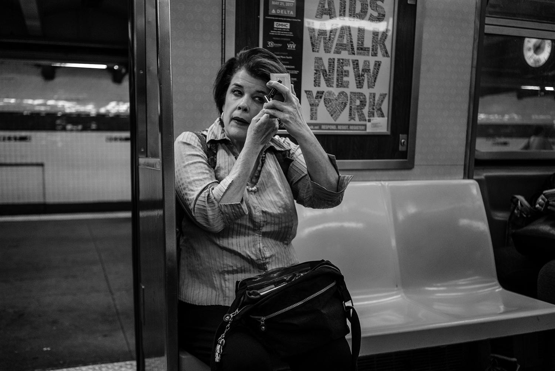 Brklyn_Subway_2018_Make_Up_Lady-007.jpg