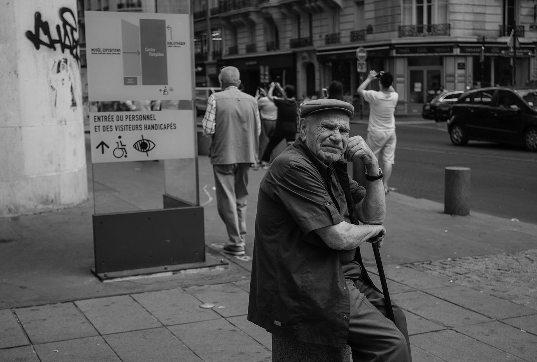 Paris_Street_2018_Wrinkled_Old_Man -003Crp.jpg