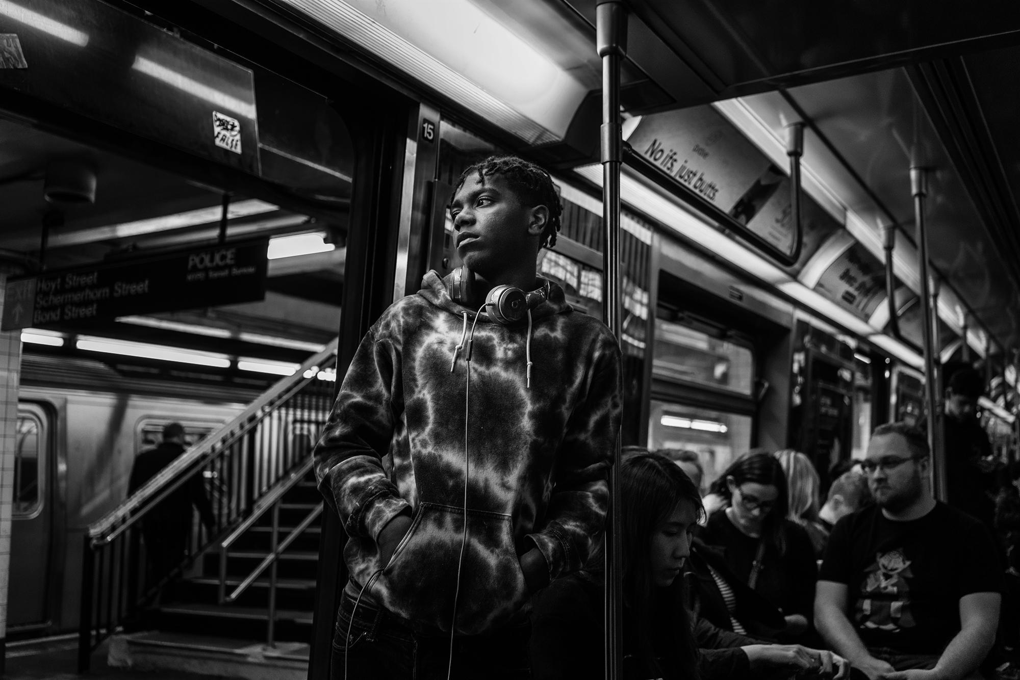NYC_Subway_2018_Young_African_American_Gaze-003.jpg