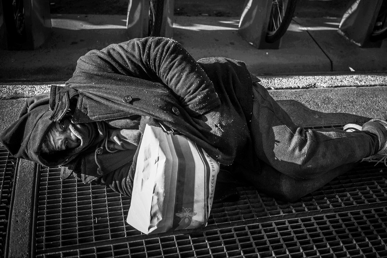 NYC_Street_2018_Homeless_Man_On_Subway_Grate-003crp.jpg