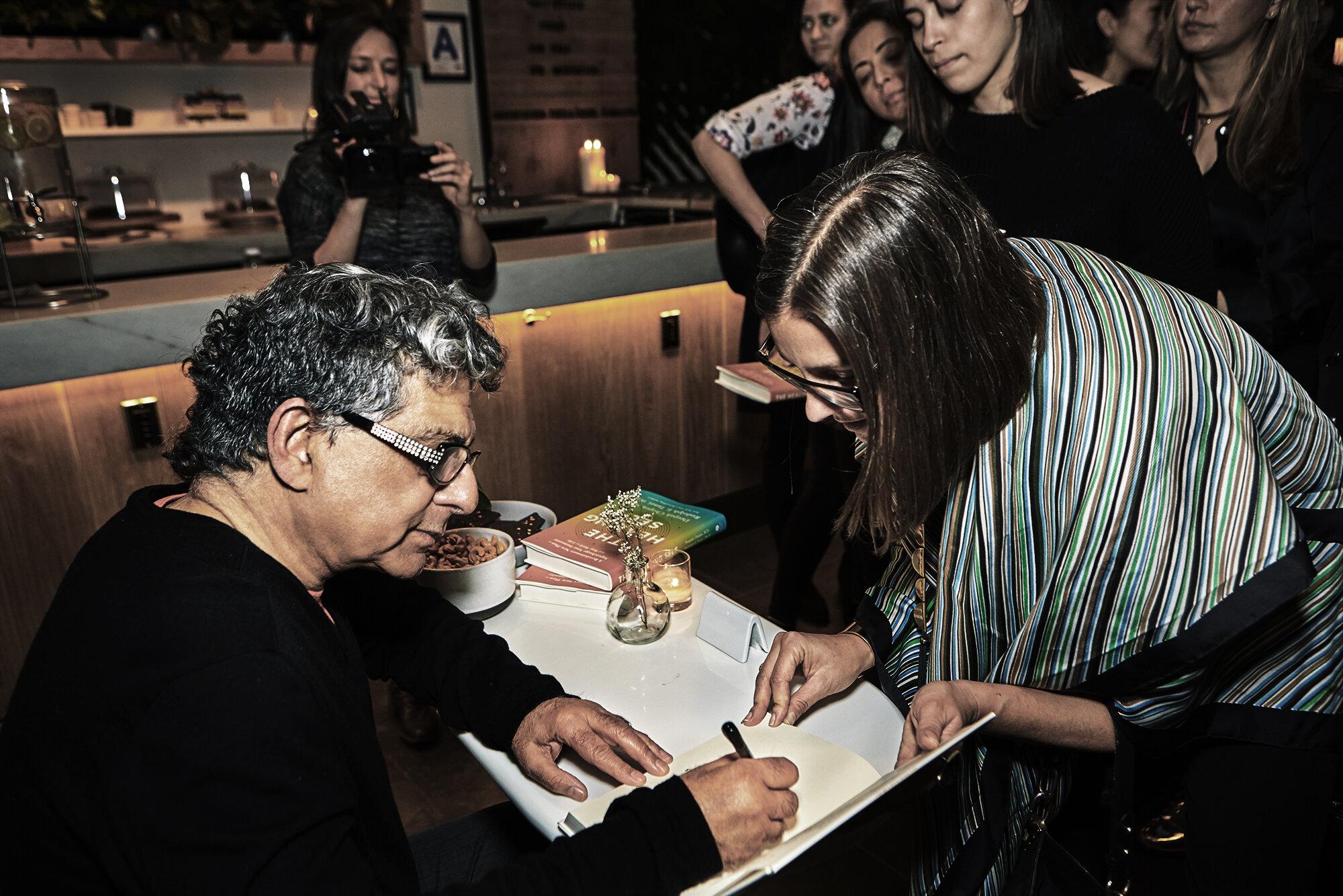 D_Chopra_LOOK_17_book_signing-034.jpg