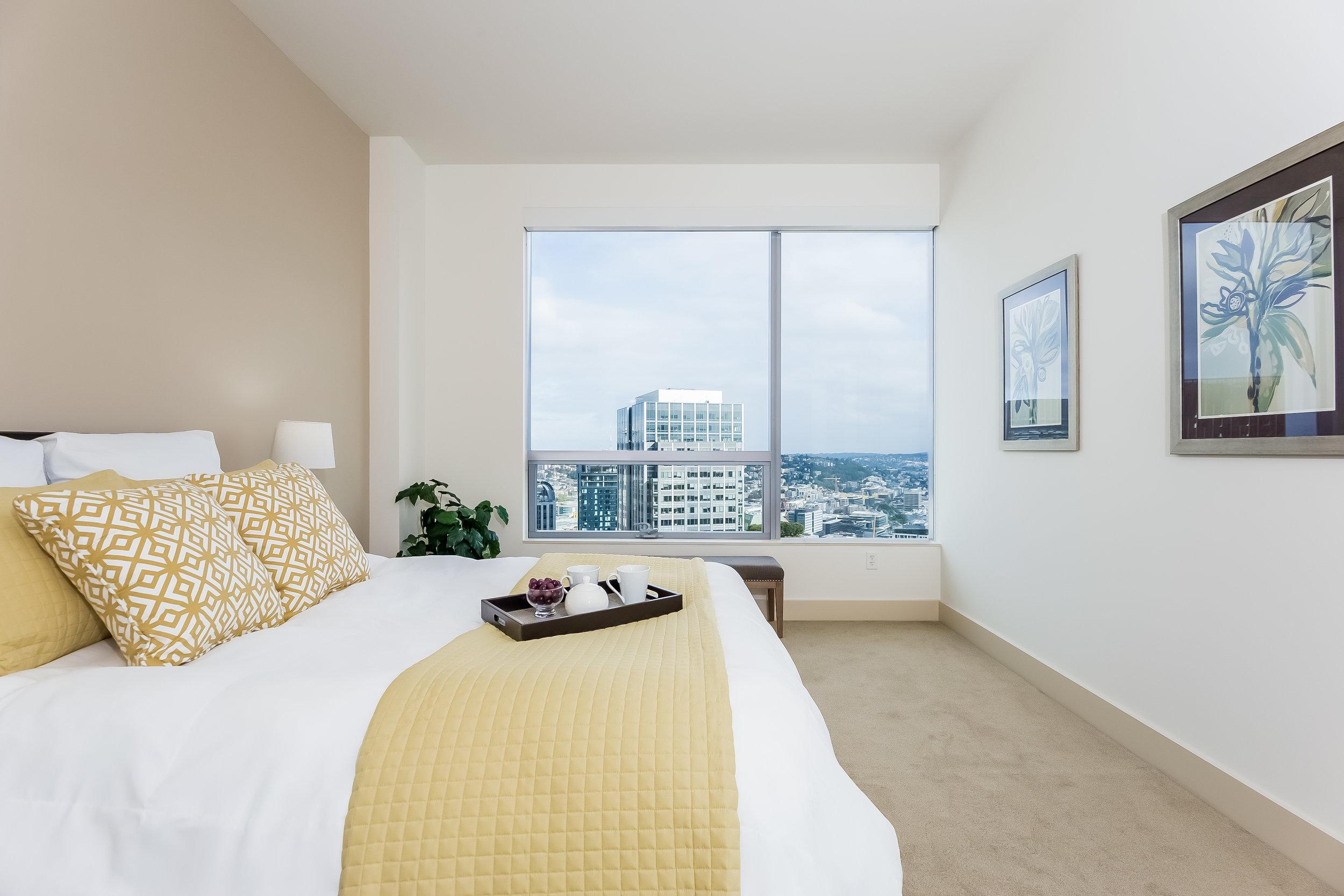 031-Master_Bedroom-3083842-large.jpg