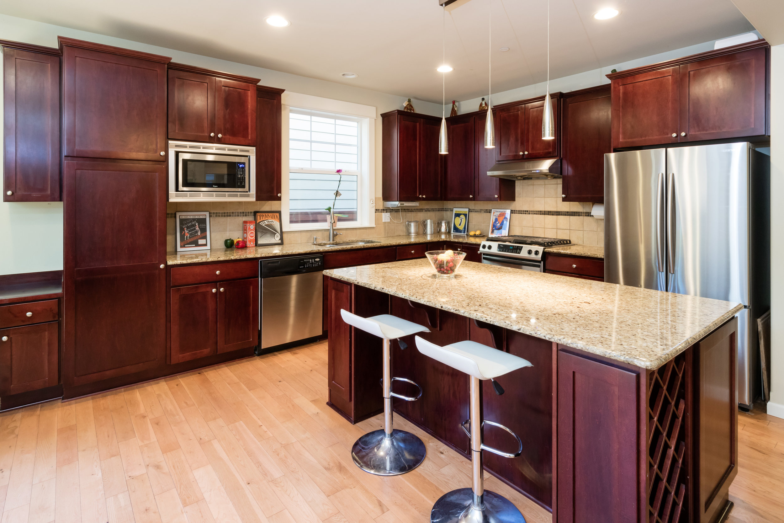 18101 NE 110 Way Kitchen.jpg