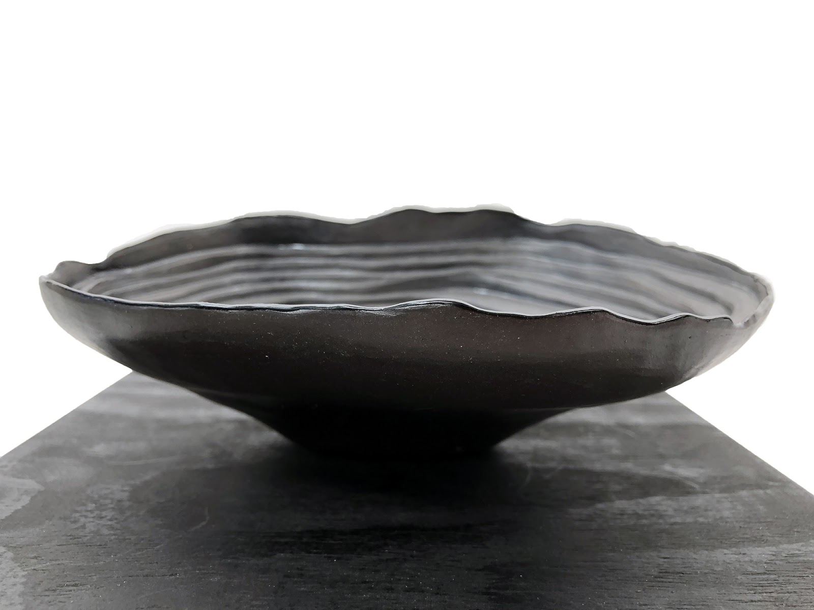 07_Dana_Render Black box magnesium profile_Small.jpg