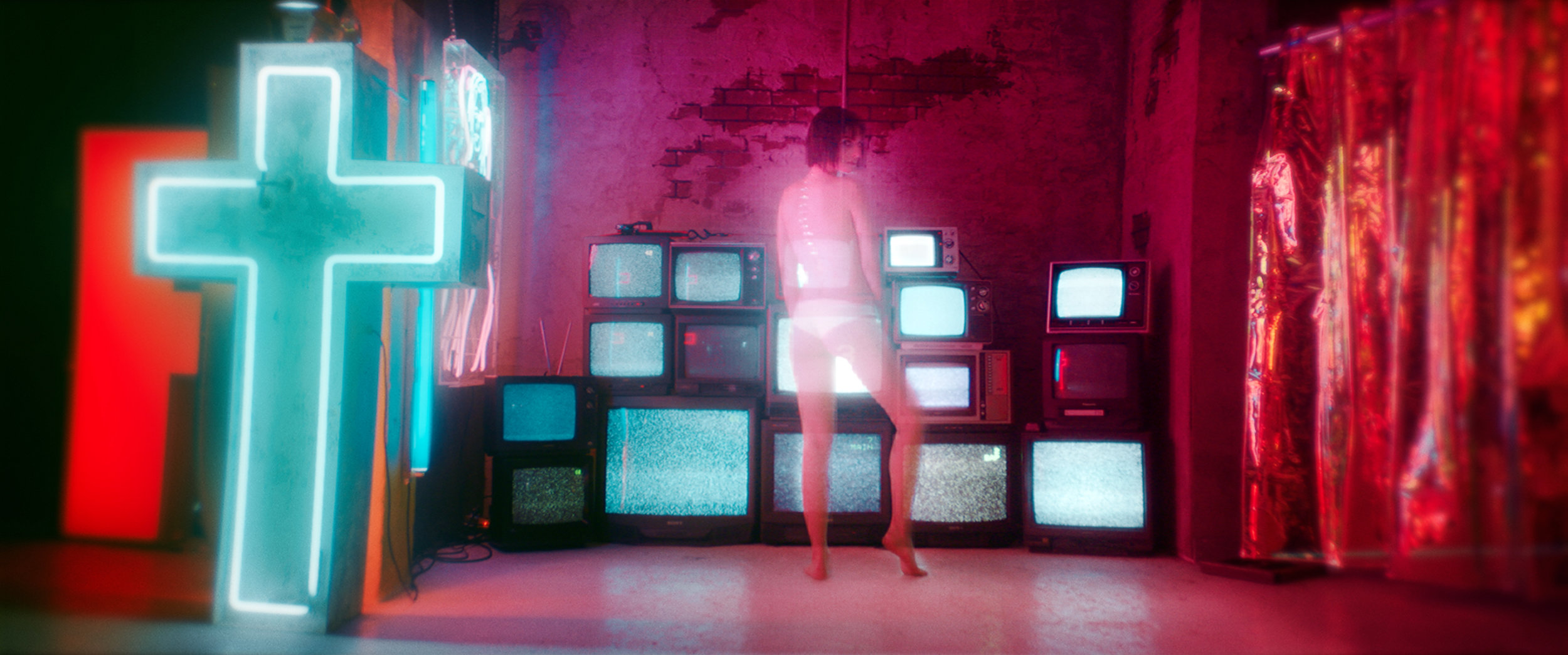 TV002.jpg
