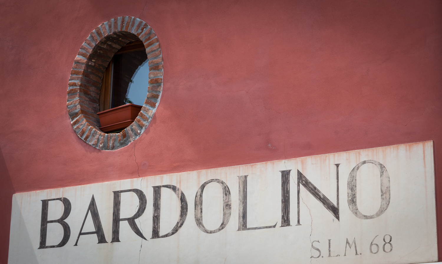 Italy : Veneto : Welcome to Bardolino