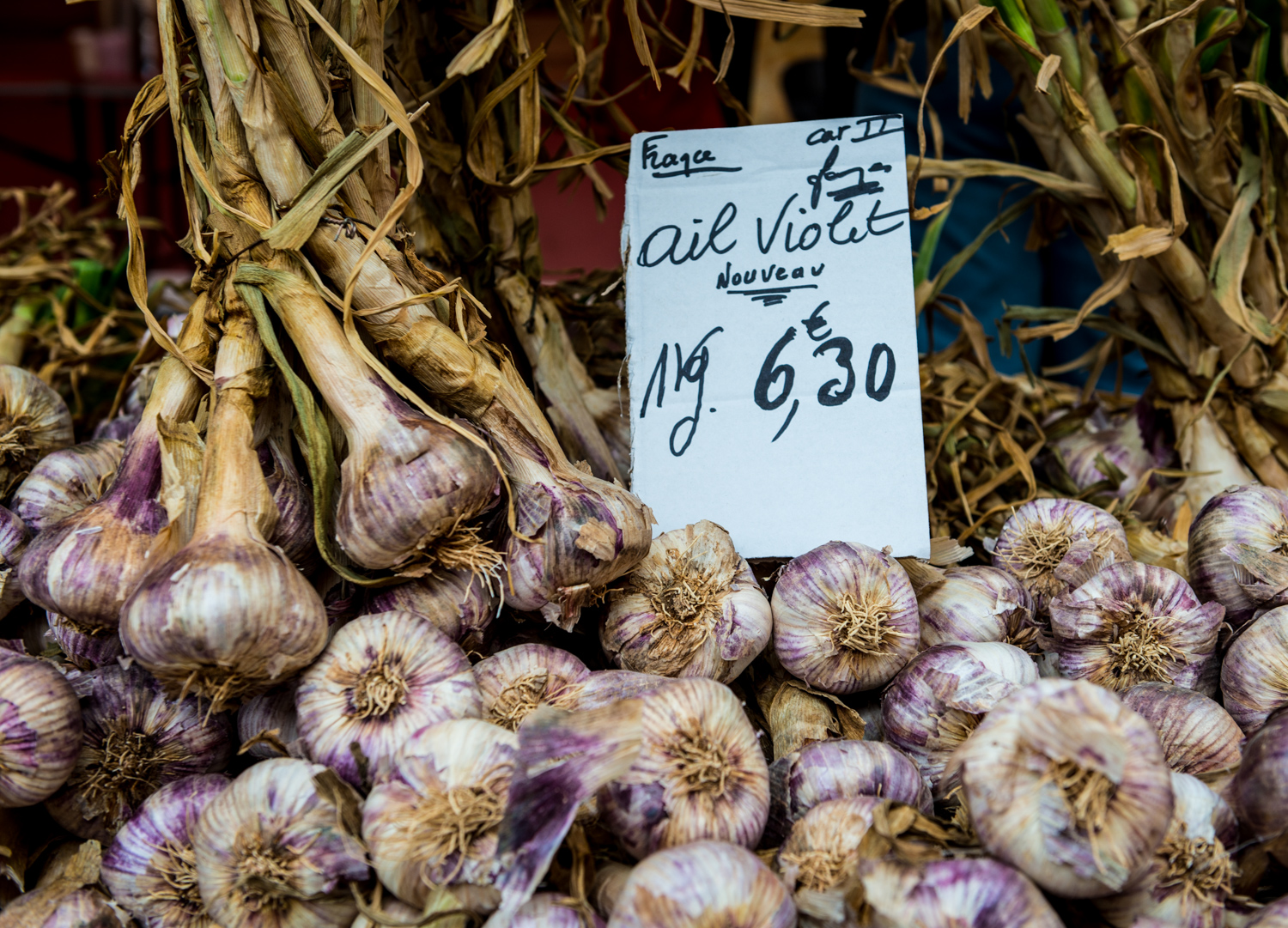 Burgundy : Beaune : Saturday market