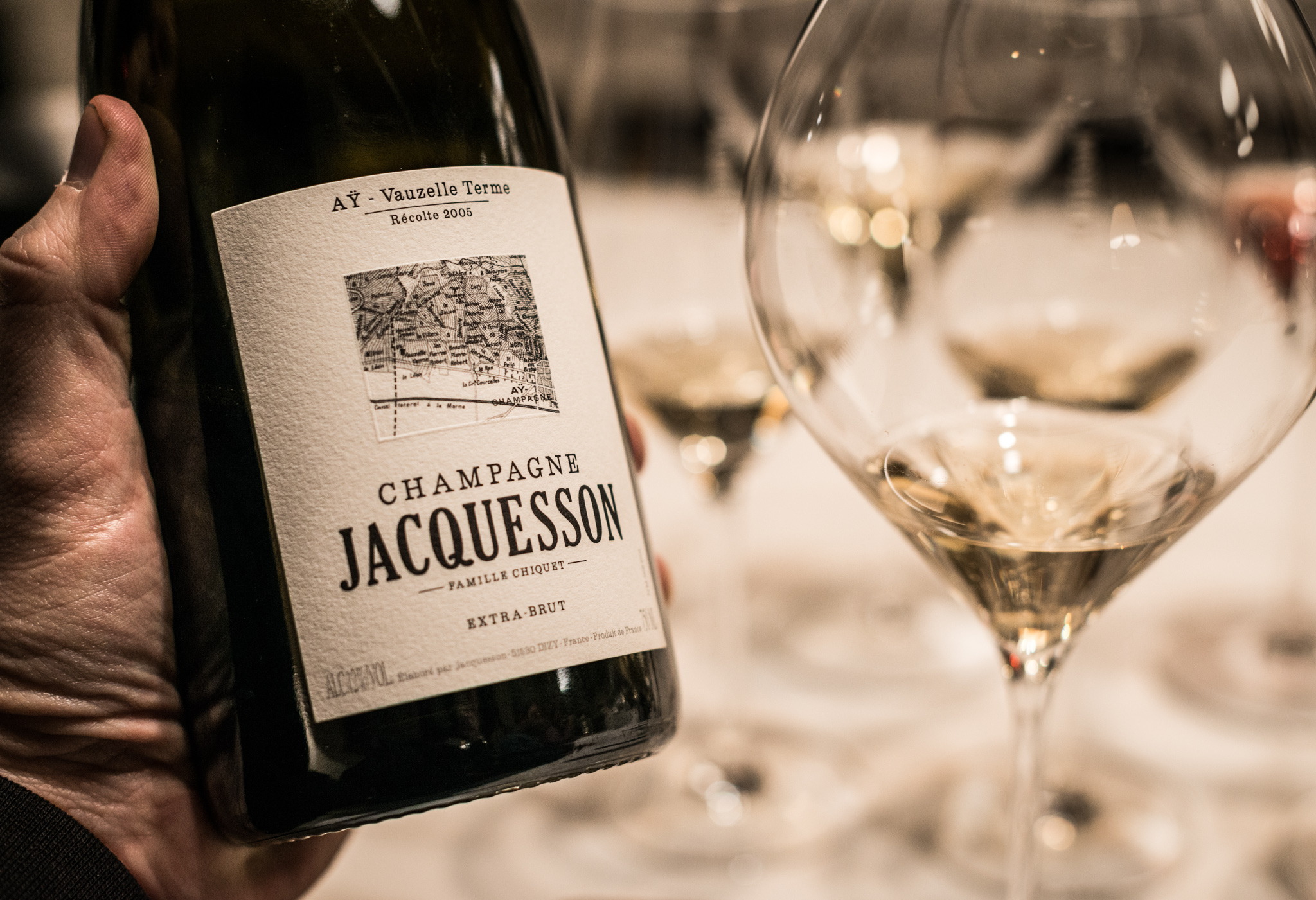 France : Champagne : Jaw-dropping Champagne from the village of Ay